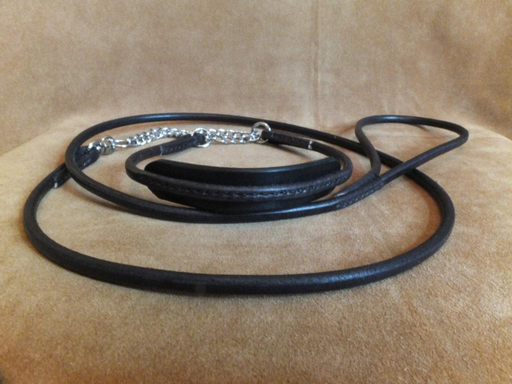 black round leather show set comfort neck