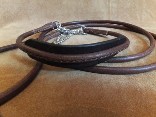 brown round leather show set with comfort neck