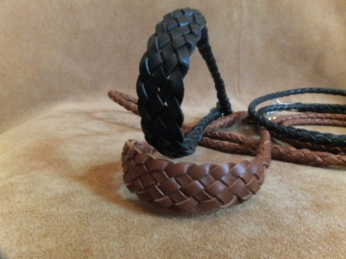 braided kangaroo set with comfort neck