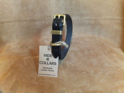 black flat leather dog collar